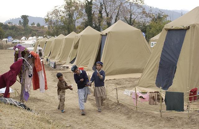 Flyktningestrømmen til Hellas øker voldsomt...
